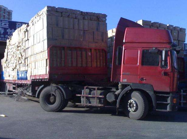 新疆乌恰大型天博官方机准直器窄缝出束扫描X光散射范围小